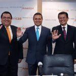 Los cancilleres de Honduras, Arturo Corrales; de Guatemala, Carlos Morales; y de El Salvador Hugo Martínez.
