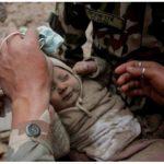 El milagro de Nepal: rescatan con vida a un bebé de cuatro meses
