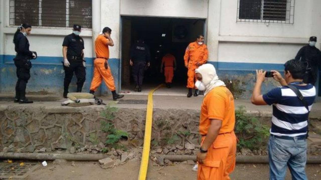 PNC realiza jornada de limpieza en bartolinas de San Miguel
