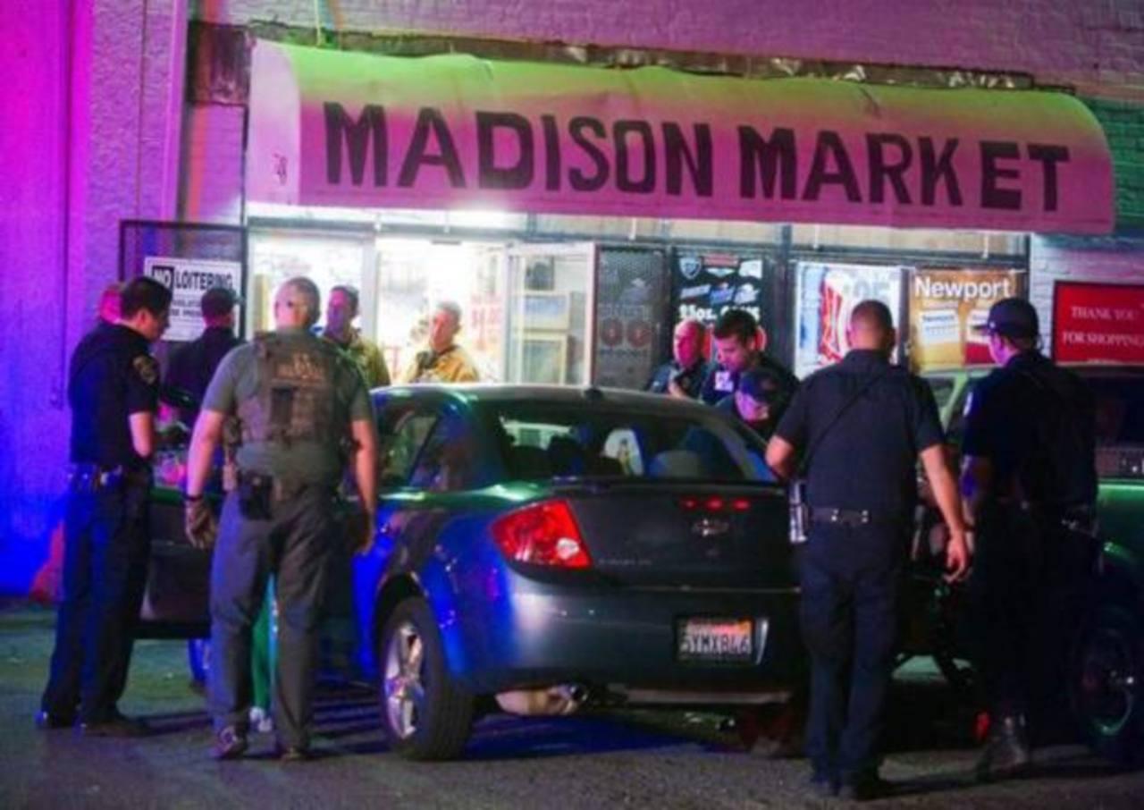 3 muertos en ataque a tienda de abarrotes en California