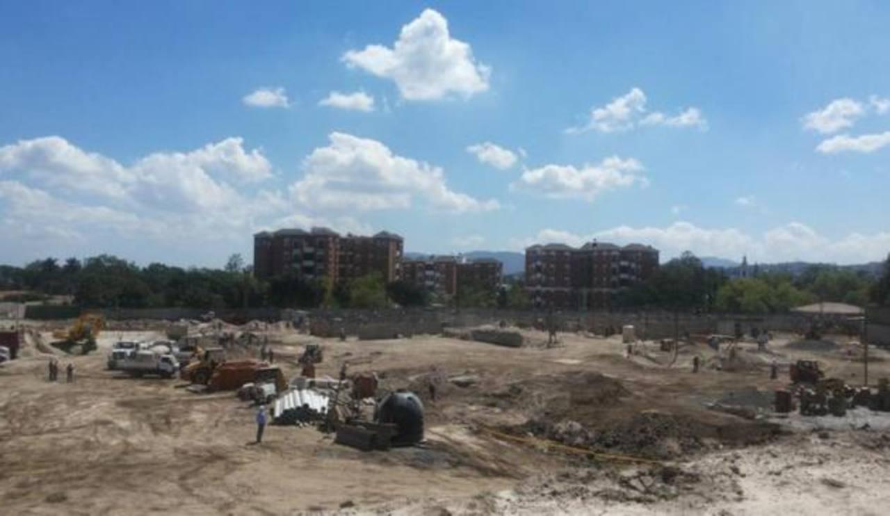 Inicia construcción de Puerta Castellana Townhouses