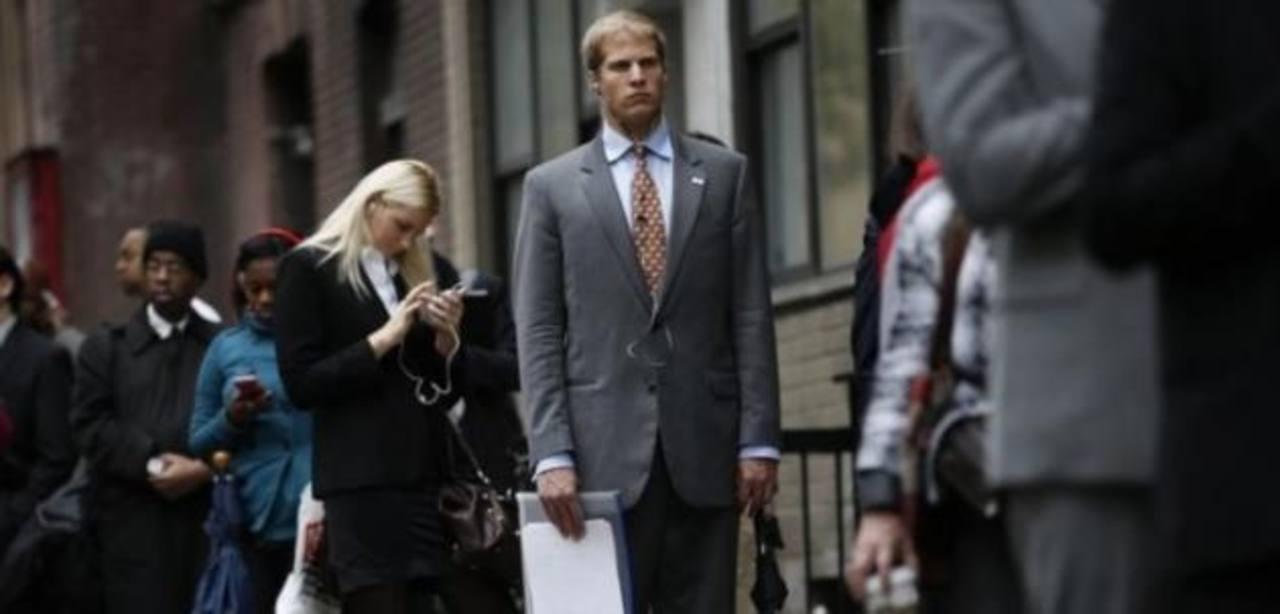 Las solicitudes semanales de subsidio de desempleo en EE.UU. suben en 1,000