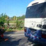Una balacera se generó dentro de un microbús en un intento de asalto.