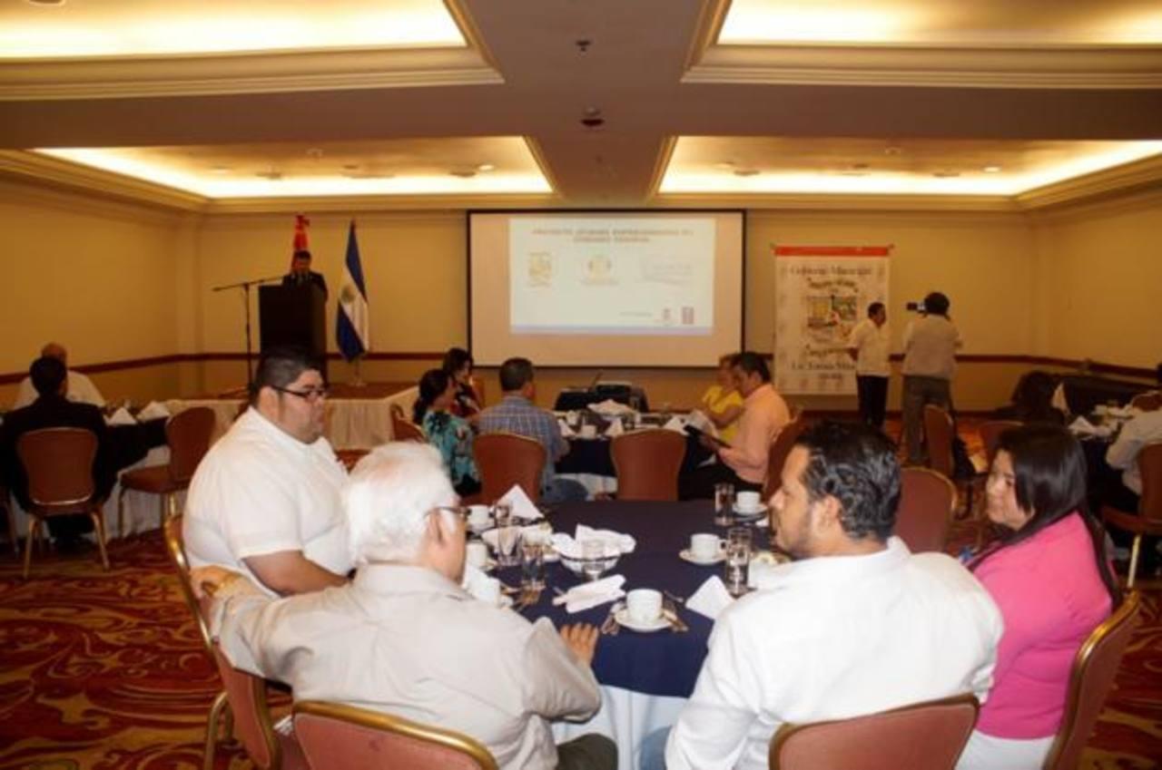 Al desayuno conferencia, en un hotel capitalino, asistieron representantes de empresas asentadas en Ciudad Delgado, que se sumarán al proyecto. Foto CORTESÍA