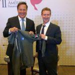 Creador de Facebook y presidente de Panamá se reúnen en el Foro Empresarial