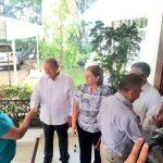 El Presidente y la primera dama reciben en residencia Presidencial a emprendedoras y emprendedores
