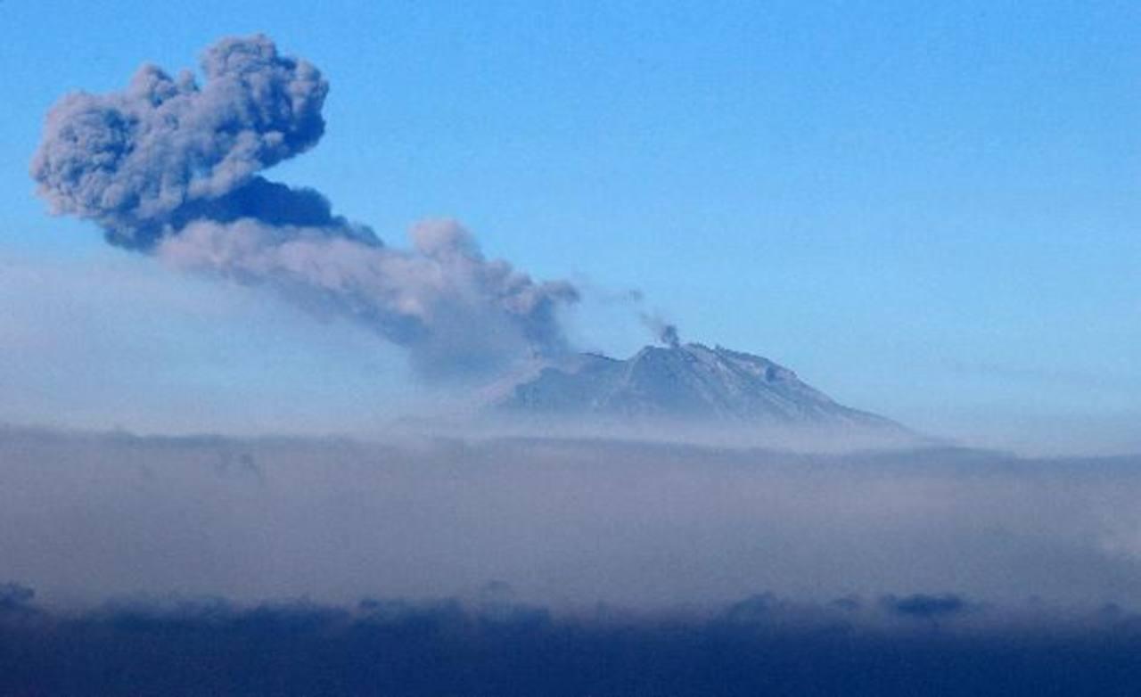 Esperan probable nueva erupción de volcán chileno Calbuco