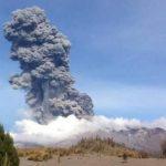 Volcán chileno Calbuco entra en erupción por tercera vez