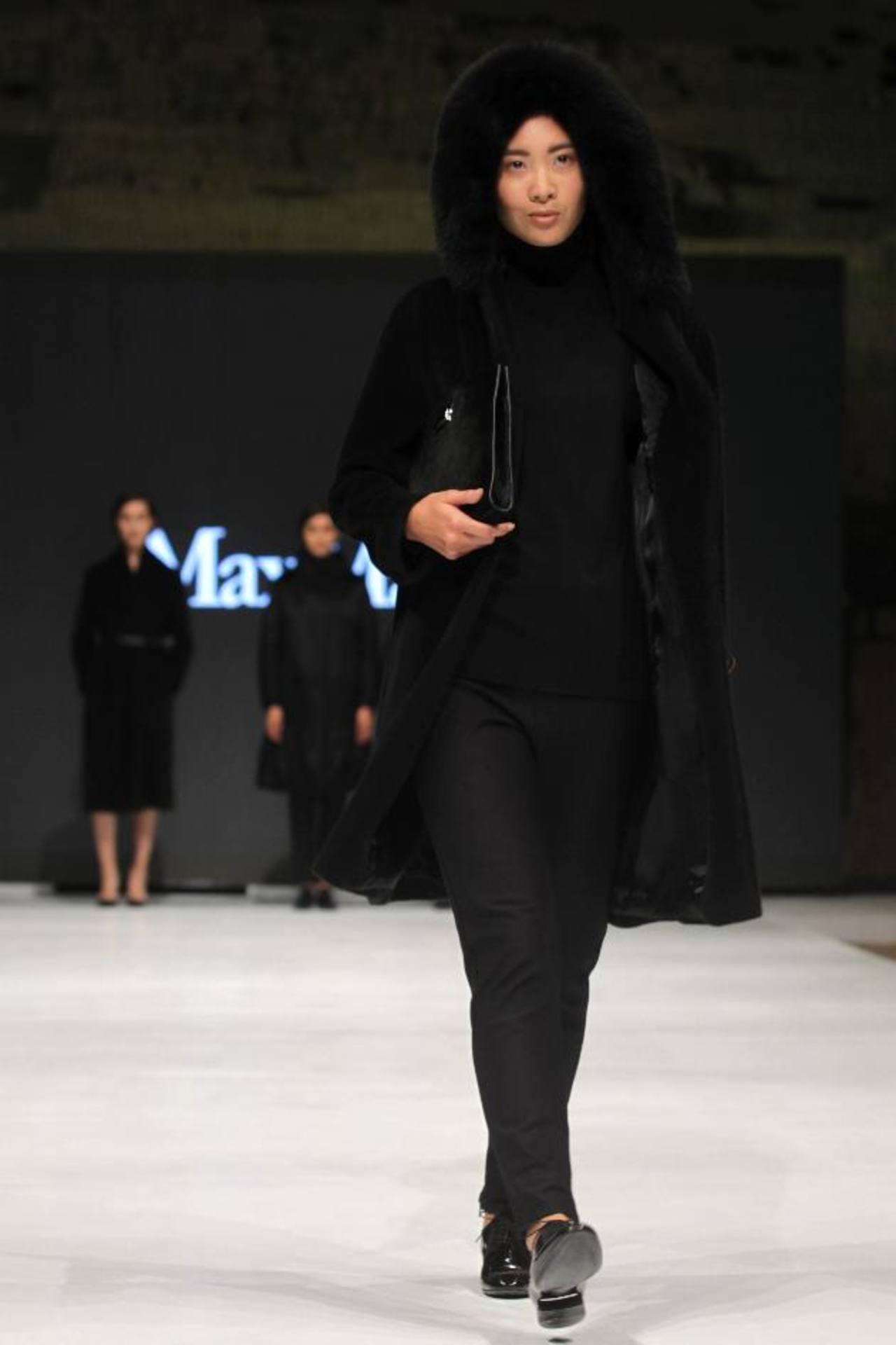 El negro fue uno de los dominantes en la colección de Laura Lusuardi. FOTOs EDH / agencias