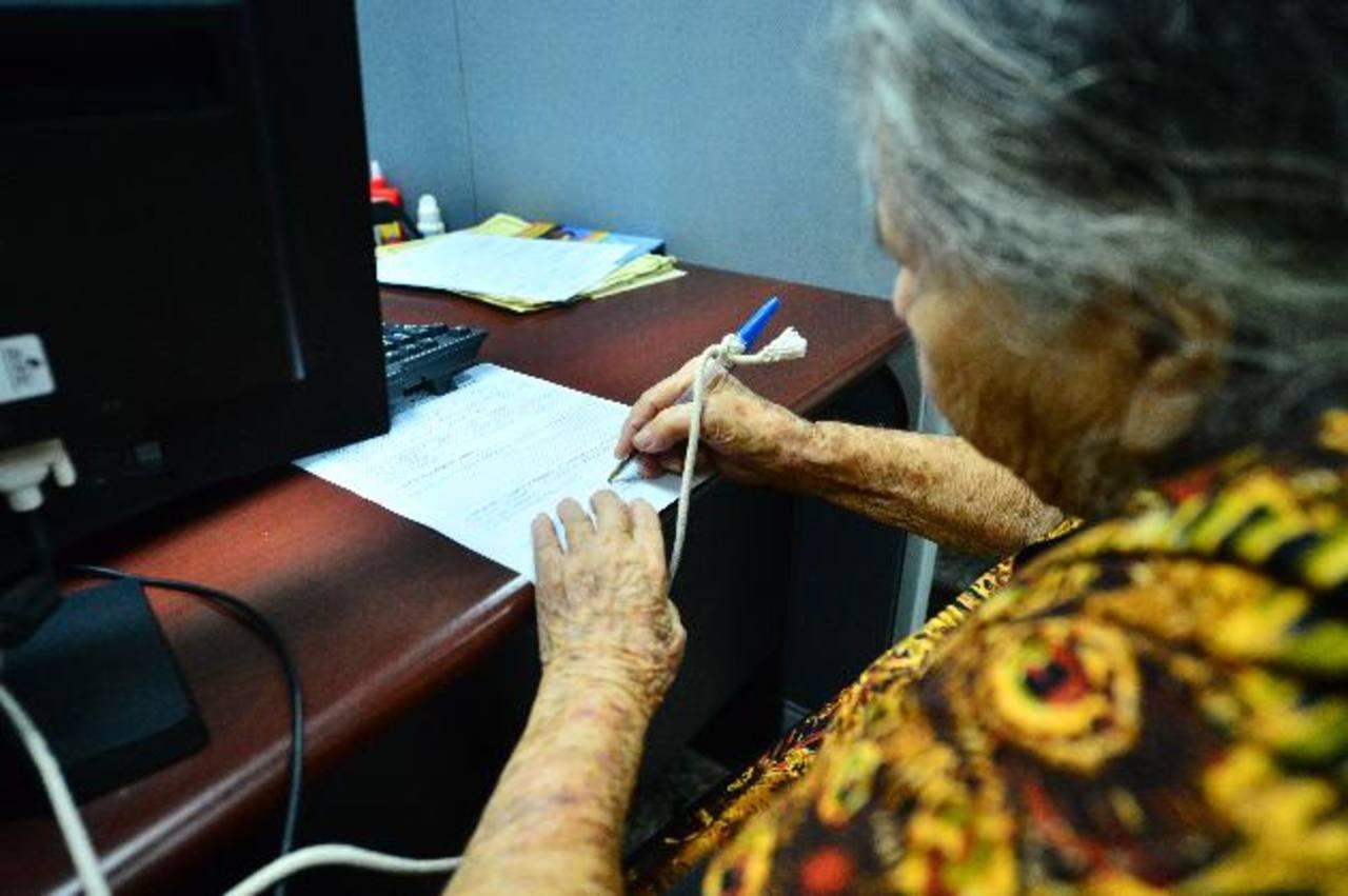 """Superintendencia: """"Más personas llegarán a la vejez sin pensión"""""""