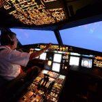 El capitán Jaime Cuéllar en uno de sus vuelos con destino a Bogotá, Colombia. Fotos EDH / Mauricio Cáceres