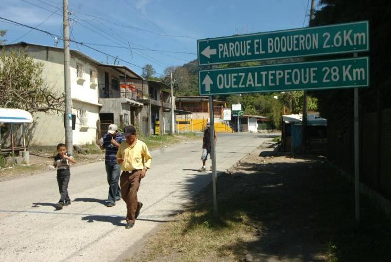 Las autoridades comenzarán a revisar permisos en la zona del volcán de San Salvador. Foto EDH