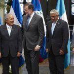 Mariano Rajoy se reunió con sus homólogos centroamericanos en la cumbre Sica. foto edh /