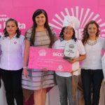 En el concurso de este año hubo 700 inscripciones, se realizaron dos semifinales y la ganadora, Xiomara de Lara (al centro), fue seleccionada por un selecto jurado. Foto EDH / Cortesía.