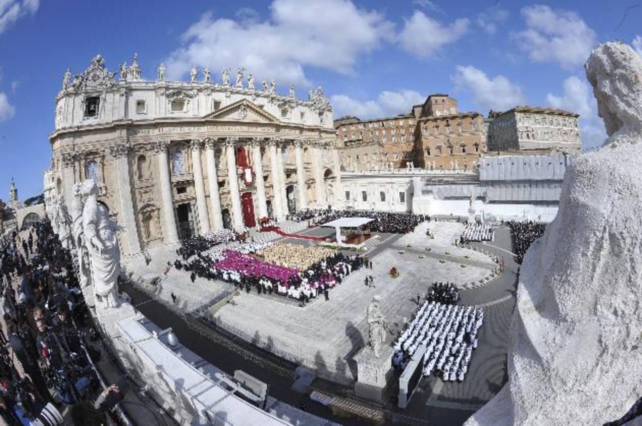 Vista general de la Plaza de San Pedro en el Vaticano.