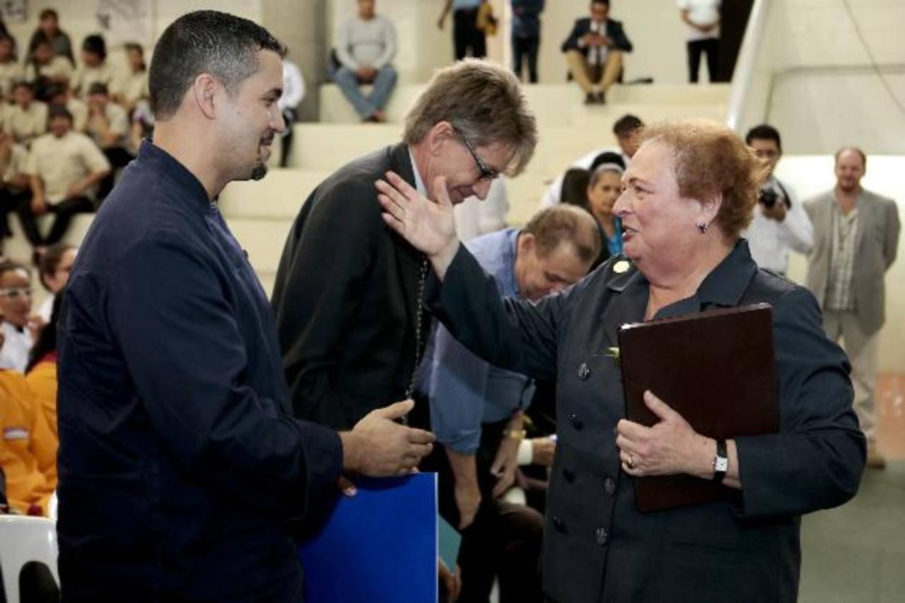 Solidaridad pidió ayer la embajadora de EE. UU., Mari Carmen Aponte, a los aplicadores de justicia en el país. Foto EDH