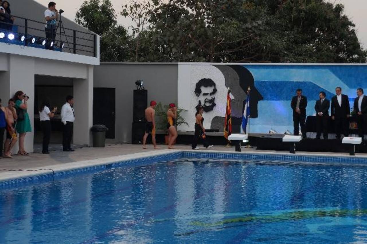 La piscina es semiolímpica y cuenta con 25 metros de largo y 12.5 de ancho y será abierta al público previa inscripción. Foto edh / CORTESÍA