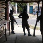 Encuentran uniformes policiales a pandilleros de La Campanera