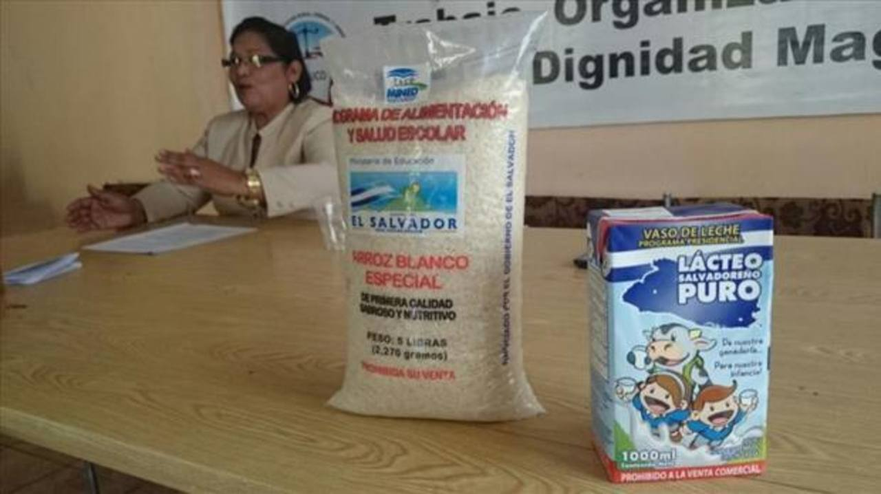 Mined investiga entrega de leche vencida a estudiantes