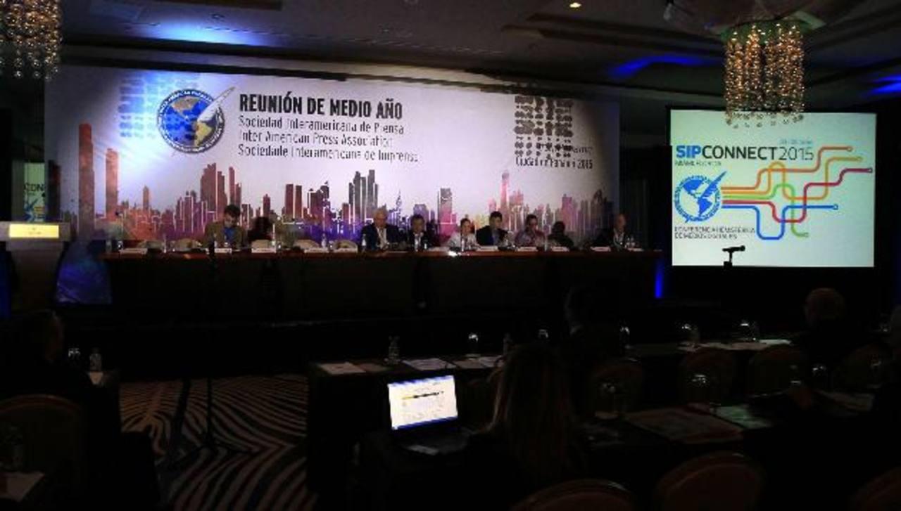 Vista general de la reunión de medio año de la Sociedad Interamericana de Prensa (SIP) que ayer cerró sus sesiones, en Ciudad de Panamá.