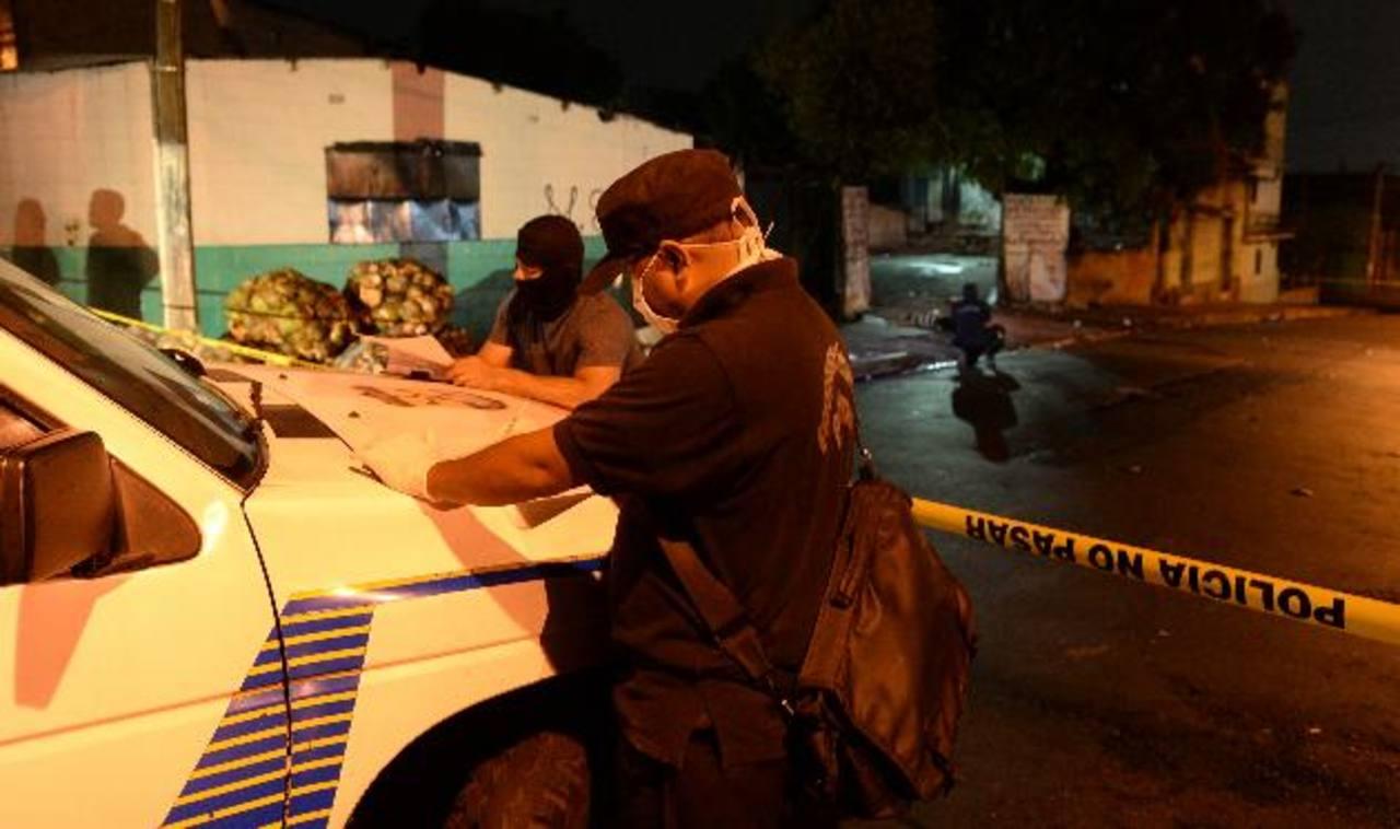 En la primera quincena de marzo se registra un promedio de 15 asesinatos por día, según las autoridades. Foto EDH / JAIME ANAYA.