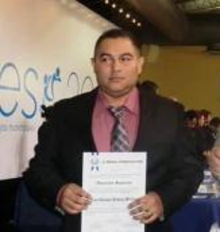 José German Iraheta Méndez, recién recibió su credencial como diputado suplente.