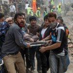 Sube a mil la cifra de muertos por terremoto de 7.9 grados, en Nepal