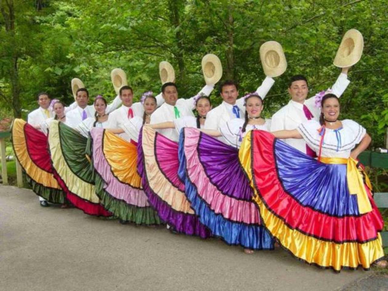 Artesanía, gastronomía, música y danza costarricense es parte de lo que promoverán como oferta turística en ese país.