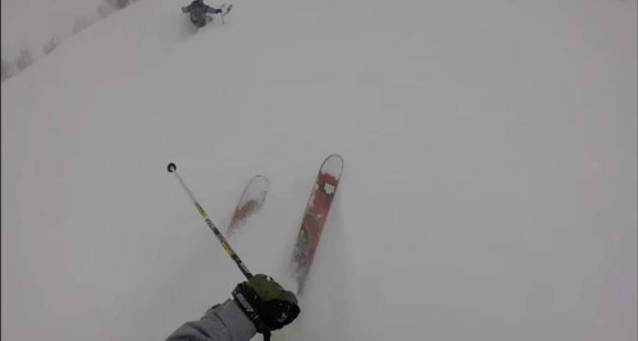 Video: Angustiante rescate de hombre atrapado tras avalancha de nieve