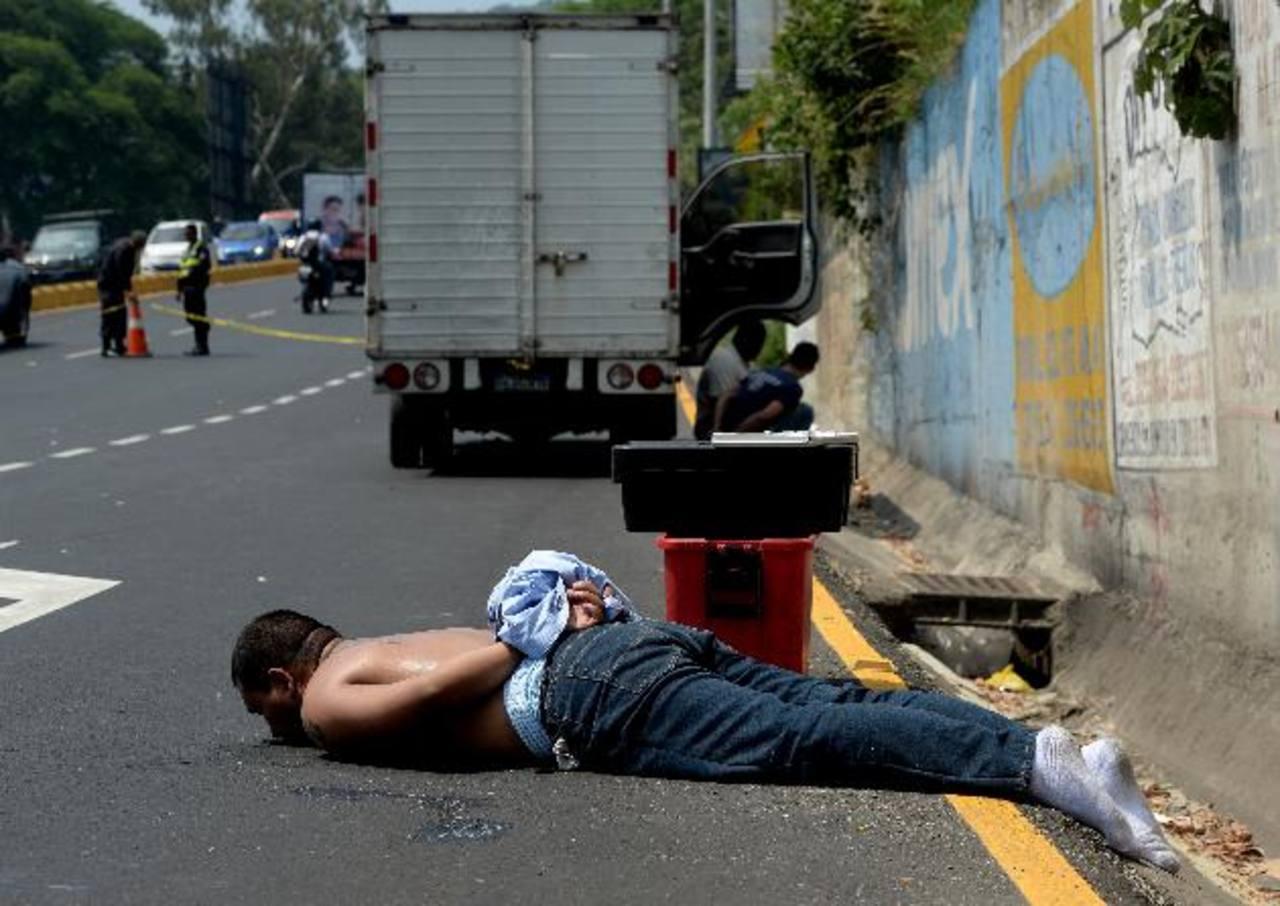 José Manuel Iraheta será acusado del robo del vehículo y también de privación de libertad. Foto EDH /Marlon Hernández