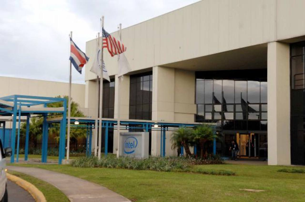Intel se ha transformado en Costa Rica, pero a pesar de su reestructuración dice que sigue generando empleo en ese país.