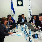 Comisión del TSE se reúne para analizar recuento de votos
