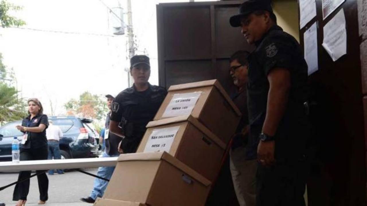 Sala de lo Constitucional reitera orden de conteo total de votos para San Salvador