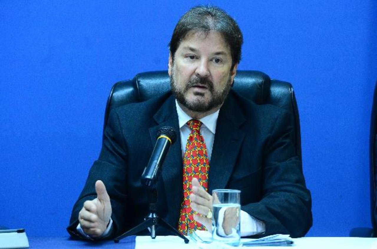 El presidente de la Cámara de Comercio, Luis Cardenal demandó más seguridad al presidente de la República.