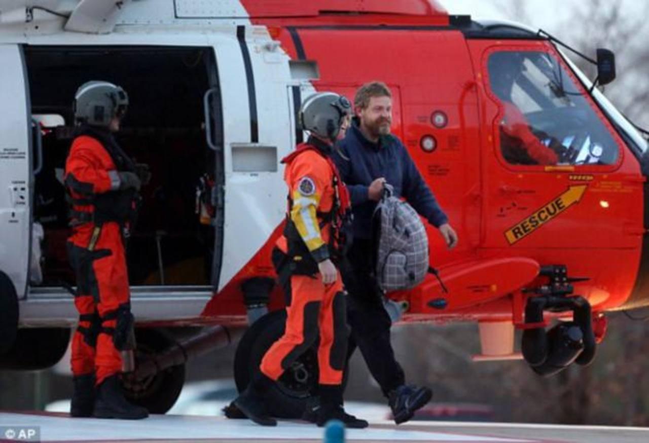 Rescatan a náufrago que pasó 2 meses a la deriva en el Atlántico