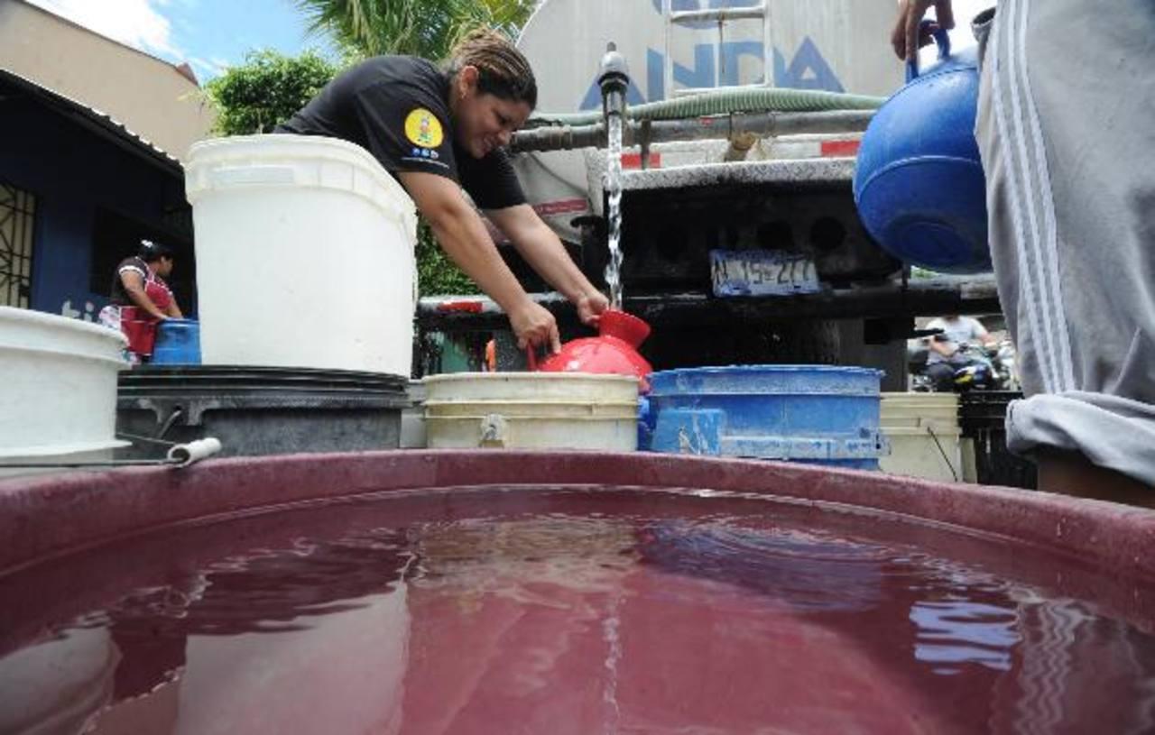 Los cortes de agua en varios municipios se deben a trabajos de mantenimiento en plantas de bombeo de ANDA.
