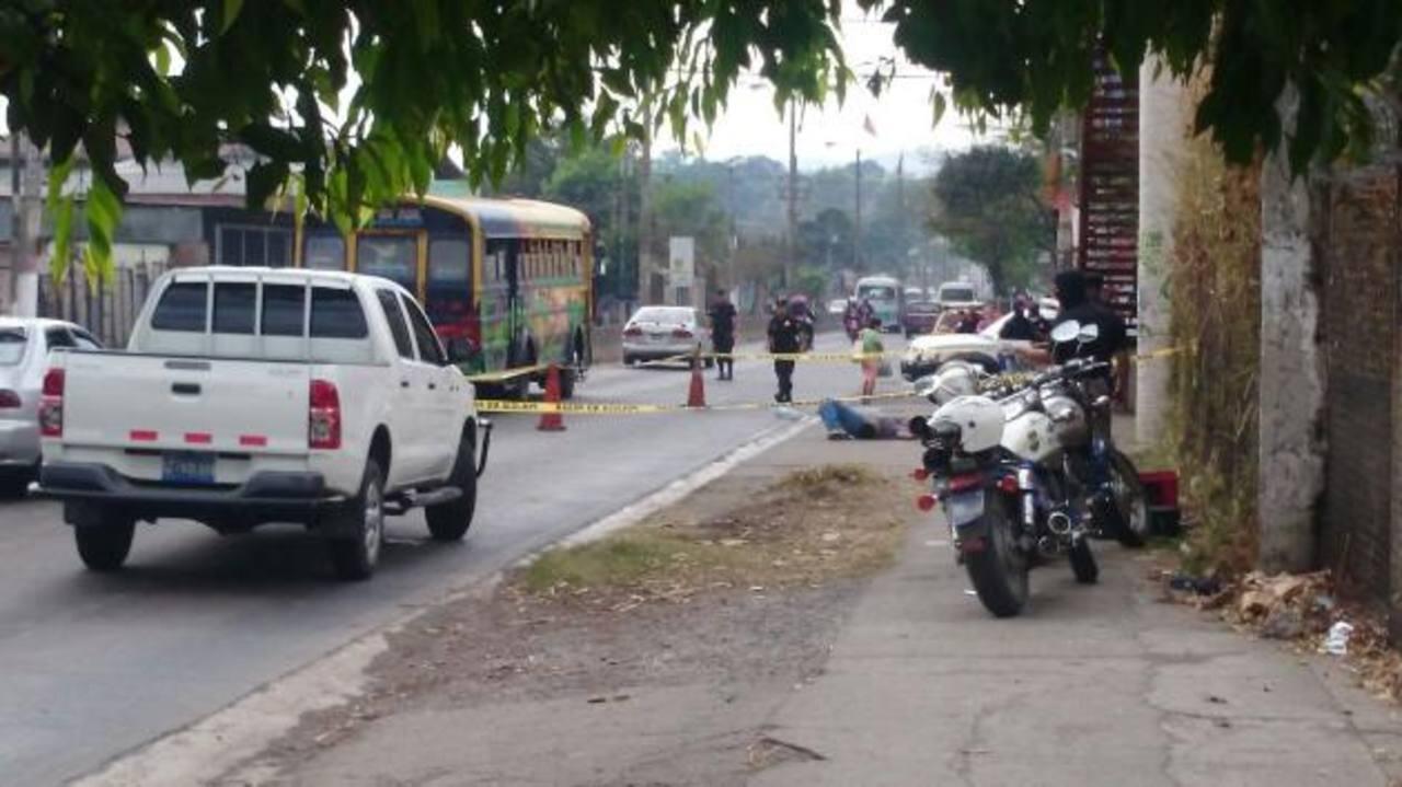 Al menos 10 muertos deja jornada violenta en El Salvador