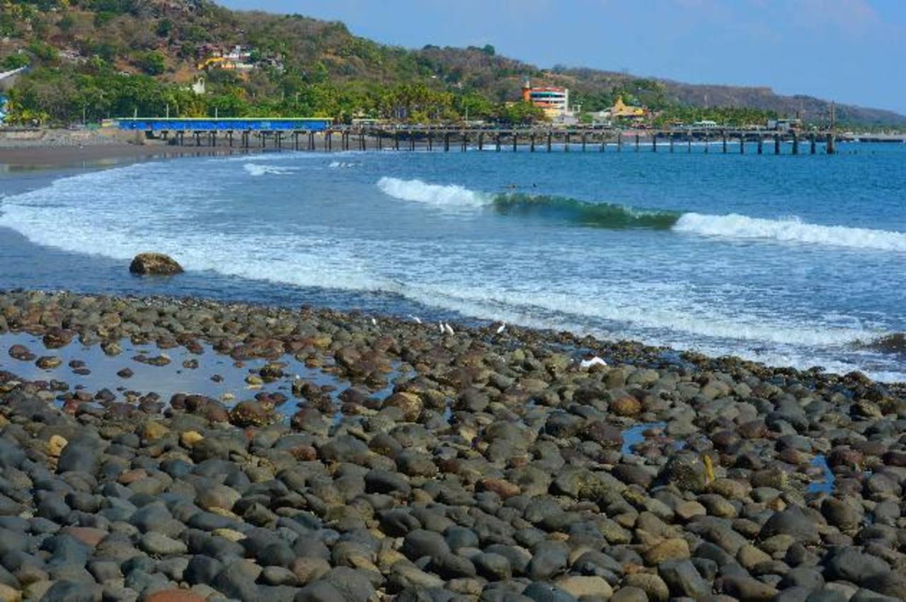 Las playas de La Libertad fueron el destino favorito de los turistas. Foto EDH