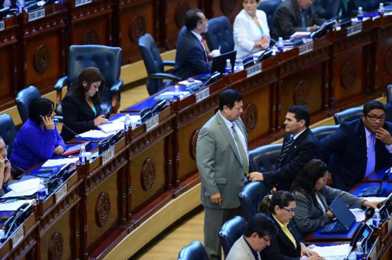 Los legisladores avalaron este régimen especial pero discutieron sobre cuestiones de presupuesto a favor de las instituciones de seguridad pública. FOTO EDH / JORGE REYES