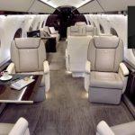 Pastor pide limosna para comprarse un jet privado de $60 millones