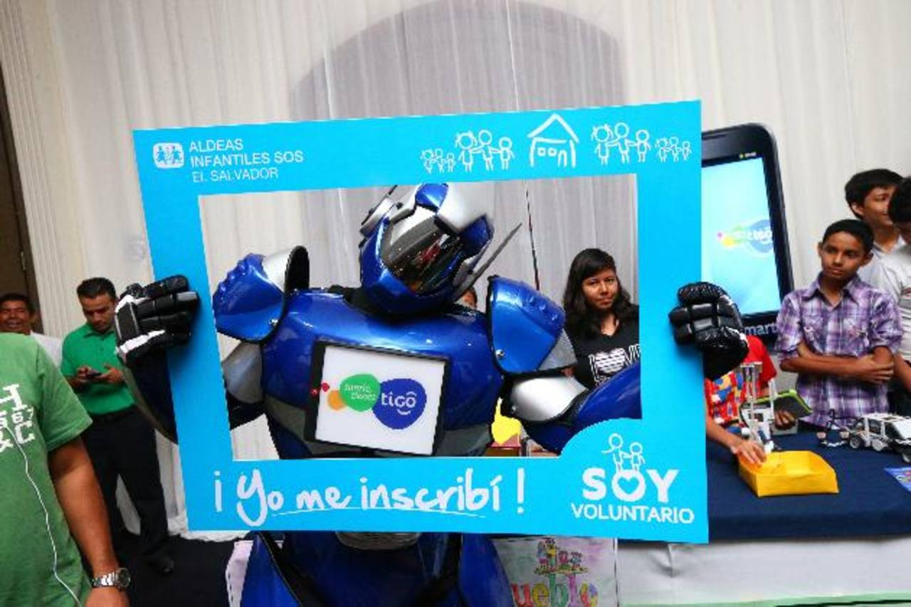 Aldeas Infantiles SOS recibe apoyo de Tigo. foto edh / cortesía