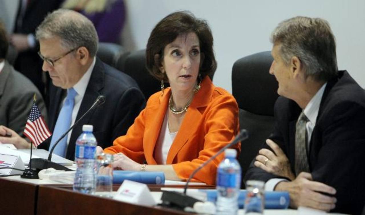 La secretaria de Estado adjunta para Latinoamérica, Roberta Jacobson, durante reunión en enero en La Habana. Foto edh/archivo