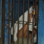 Autoridades señalan que muchos agresores y violadores de menores son parientes y conocidos. Foto EDH / Archivo