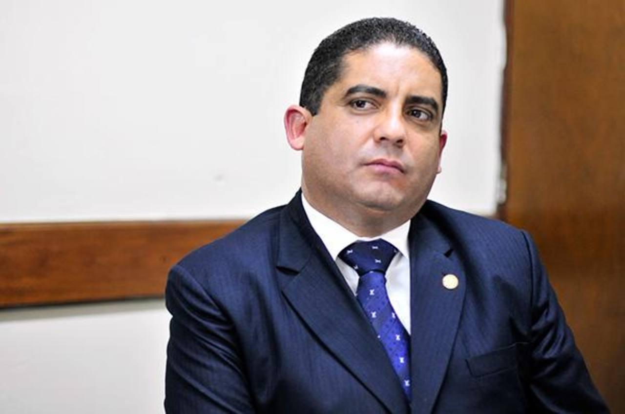 Juan Carlos Monzón fungía como secretario privado de la vicepresidenta de Guatemala. Foto EDH / Tomada de El Periódico