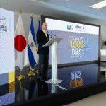 Ricardo Poma, presidente de Fusal, dio la bienvenida a la presentación del conversatorio sobre la importancia de la intervención en los primeros mil días de los niños. fotos edh / jorge reyes