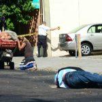 Un vendedor ambulante de verduras fue asesinado en la 17a. Calle Poniente y Avenida España, en San Salvador.
