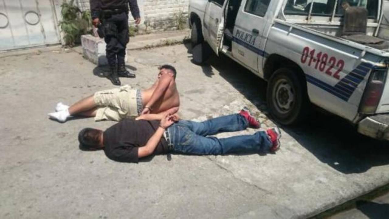 Caen 4 en persecución policial tras matar a hombre en Apopa