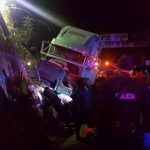 Cinco personas murieron arrolladas el jueves, por una rastra manejada a excesiva velocidad. foto edh / @Bvilleda89