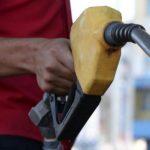 Bajan los precios de la gasolina