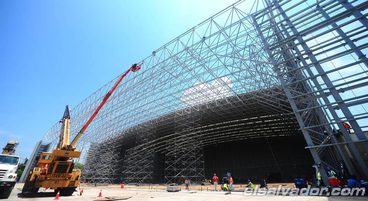 Nuevo hangar de Aeroman
